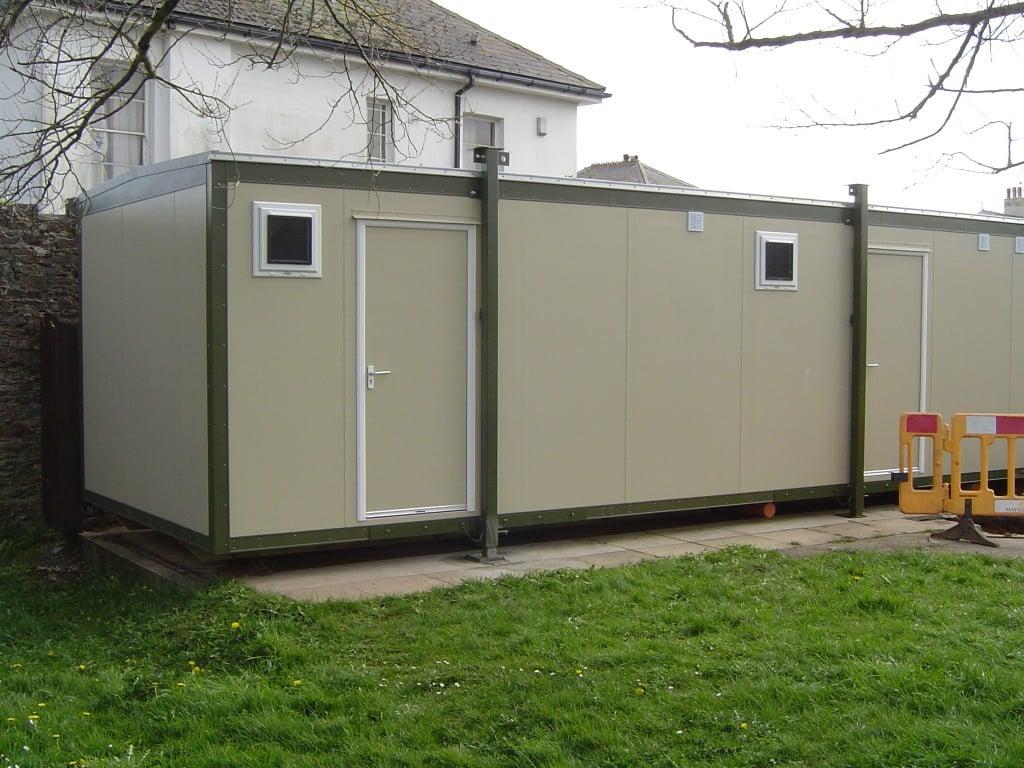 Chang room cabins